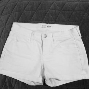 Old Navy semi-fitted size 4 shorts